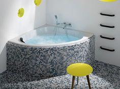 Angle, sabot, asymétrique ou droite, les baignoires XS ont le vent en poupe. Quelques astuces...