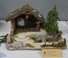 Hobbies And Crafts, Fun Crafts, Nativity Stable, Diy Crib, Dremel, Christmas Pictures, Barn Wood, Cribs, Things To Do