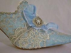 vintage lace shoes