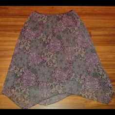 Skirt Floral skirt Great condition  No flaws  Size XL Skirts Asymmetrical