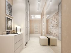 В коридоре установлены большие зеркала, которые позволяют хозяевам квартиры рассмотреть себя в полный рост перед выходом в свет. Автор: дизайнер интерьера Татьяна Зайцева