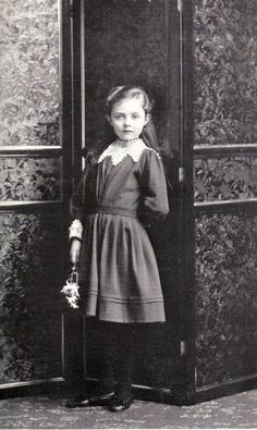 Princess Patricia of Connaught, February 3rd, 1891. Taken by Gustav Mullins. ( scuse me?)