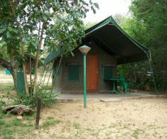 Walk in safari tent on budget krugernational park safari Kruger National Park Safari, National Parks, Game Reserve, African Safari, Africa Travel, Budgeting, Outdoor Structures, Vacations, Tent