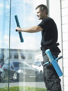 Acorn Window Cleaning has been successfully engaged in offering residential and commercial window cleaning services in Melbourne. It strives to provide the best window cleaning services to gain 100% customer satisfaction.