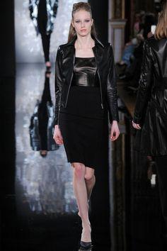 Valentin Yudashkin   Fall 2014 Ready-to-Wear Collection   Style.com #Minimalist #Minimalism #Fashion
