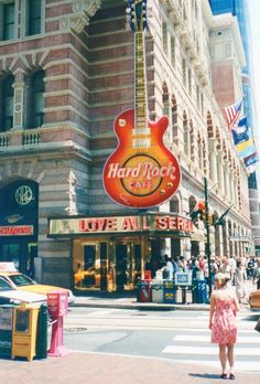 Hard Rock Cafe, Philadelphia, USA (June, 2002)