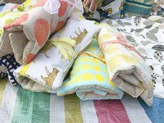 初心者でも簡単!裁縫を楽しむ布小物アイディア集!ハンドメイド、DIY好きなnunocotoスタッフが、nunocoto fabricを使って、便利で可愛い小物や服などを手作りします! 出来るだけ詳しい作り方と、参考にした本なども紹介していきたいと思います♪ Let's DIY!!