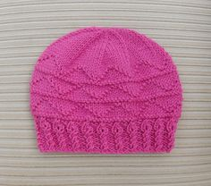 This pretty hat is made in the round and does not have a seam.