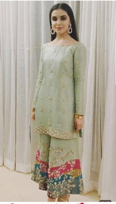 Post wedding dawat outfit inspo ( she's wearing zuria dor - Salvabrani Pakistani Formal Dresses, Pakistani Wedding Outfits, Pakistani Dress Design, Indian Dresses, Indian Outfits, Dress Formal, Pakistani Fashion Party Wear, Indian Designer Outfits, Designer Dresses