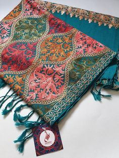 Paisley Sea Green and multi coloured Embroidered Shawl Ladies Wool Pashmina Indian Shawl kashmi Kashmiri Suits, Kashmiri Shawls, Pashmina Shawl, Silk Shawl, Pakistani Culture, Wedding Wraps, Traditional Sarees, Floral Border, Bridal Outfits