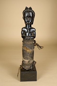 Gabon - Statua. Figura di reliquiario. Etnia Fang Fondazione Passaré - 238 - Gabon - Statua figura di reliquiario etnia Fang