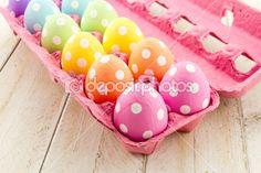 cestas e ovos de Páscoa — Imagem Stock #42225155
