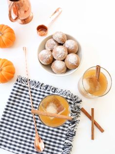 pumpkin donut holes and pumpkin spice old fashioneds / @womenanwhiskies