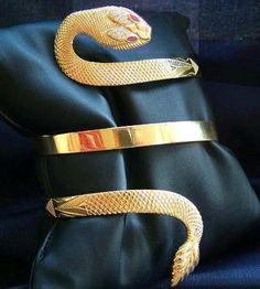 Bracelet 22-karat  Made in Greece    Parthenon Greek Jewelry