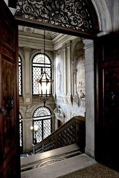 Explore the Enchanting Aman Canal Grande Hotel in Venice Hotel Architecture, Amazing Architecture, Architecture Details, Grande Hotel, Life Design, Food Design, Design Ideas, Luxury Life, Venice Italy