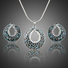 1 pair Stellux Austrian Crystal Clip Earrings and 1pcs Pendant Necklace
