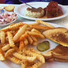 Starlite Diner; 401 N Atlantic Ave., Daytona Beach