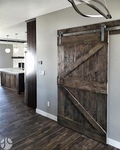 We love the combination of stainless steel hardware and dark stained wood. Isn't this project by @graindesigns fantastic?