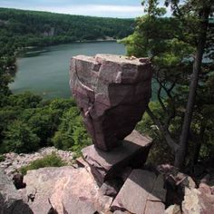 East Bluff Trail/Balanced Rock Trail/Devil's Doorway Trail (Devil's Lake State Park) in Baraboo, Wisconsin http://www.womenshealthmag.com/fitness/hikes-near-me/slide/25