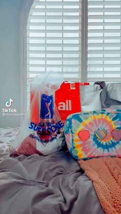 Indie Outfits, Cute Outfits, Christmas Flatlay, Bean Bag Chair, Preppy Style, My Style, Rich Girl, Aesthetic Videos, Style Summer
