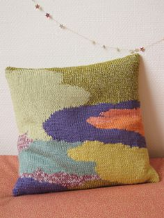 I would love to do a pillow like this. i love the color too, maybe that's why its so amazing to me!