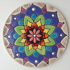 Cd Art, Needlepoint Stitches, Mural Wall Art, Barn Quilts, Mosaic Patterns, Easy Drawings, Ceramic Art, Fabric Design, Pottery