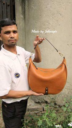 Pumpkin Big Caro, Chiaroscuro, India, Pure Leather, Handbag, Bag, Workshop Made, Leather, Bags, Handmade, Artisanal, Leather Work, Leather Workshop, Fashion, Women's Fashion, Women's Accessories, Accessories, Handcrafted, Made In India, Chiaroscuro Bags - 11