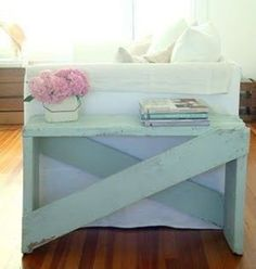 Diy furniture,5 boards, paint and some nails. #diy #crafts 22 Great DIY Home Decor Ideas