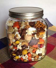 The Best Laid Plans: Gobble Gobble Snack Mix Fall Snack Mixes, Fall Snacks, Holiday Snacks, Fall Desserts, Trail Mix Recipes, Fall Recipes, Snack Recipes, Yummy Snacks, Yummy Treats
