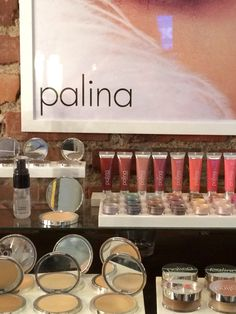 Palinas make up