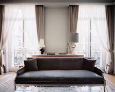 Suite dans les tons rose poudré et gris chaud- Philippe Starck