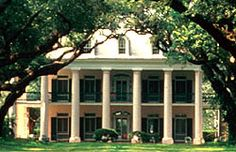 Oak Alley Plantation, 1839, Vacherie. I never get tired of looking at this house (and if our current plans hold together, I'll be there in August!).
