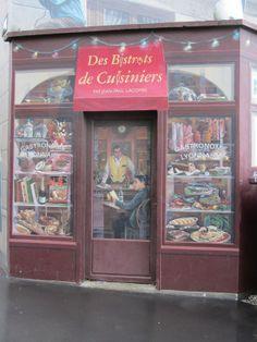 """""""des bistrots de cuisiniers par jean-paul lacombe"""", """"gastronomie lyonnaise"""", trompe l'oeil peinture sur le mur des lyonnais à lyon, sur la cocotte de kiev au caire blog"""