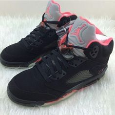 check out 0ac39 b0be9 SneakerheadStore is A Professional and Global Online Shopping Center  Providing a variety of Hot Selling Nike Shoes, Jordan Shoes and more other  Sneakers at ...