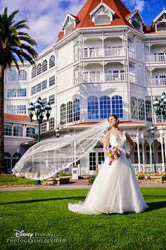 Host your picture perfect wedding day at Disney's Grand Floridian Resort & Spa, undoubtedly the standout hotel of Walt Disney World Resort. Photo: Amy, Disney Fine Art Photography