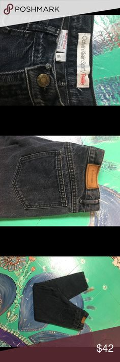 Black Jeans Calvin Klein Cropped Jeans  Black denim 100% cotton  Designed to fade and loose color Calvin Klein Jeans Jeans Ankle & Cropped
