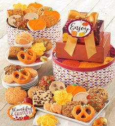 Send Thanksgiving gift baskets and food gifts! Shop our collection of Thanksgiving treats and baskets filled with fruit, gourmet snacks, and yummy sweets. Fall Decorated Cookies, Fall Cookies, Cut Out Cookies, Gourmet Cookies, Gluten Free Cookies, Tin Gifts, Cookie Gifts, Fall Gifts, Thanksgiving Gifts