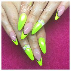 Neon nails, summer nails, long nails, crazy nails, yellow neon nails