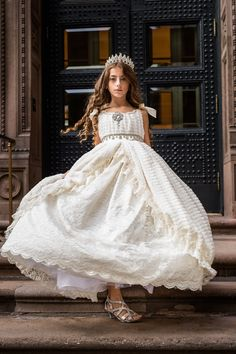 Love Baby J is a world-renowned luxury brand offering Luxury Flower Girl Dresses, Special occasion dresses, Communion Dresses, Princess Dresses, and Couture girls Dresses Gold Dress, Purple Dress, Cute Flower Girl Dresses, Flower Girls, Girls Dresses, Lace Ball Gowns, Couture Outfits, Communion Dresses, Little Girl Outfits