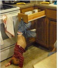 These 20 Kids Were Hilariously Caught In The Act. Some Adorably, Others Totally Ridiculous