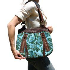 --kim white handbags--