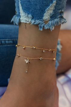 Rue Gembon Eloise Gold Butterfly Anklet Source by ruegembon inspo Ankle Jewelry, Dainty Jewelry, Simple Jewelry, Ankle Bracelets, Cute Jewelry, Luxury Jewelry, Body Jewelry, Jewelry Ideas, Jewelry Box