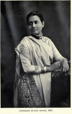 HH Sunity Devi Maharani of Cooch Behar 1887 Cooch Behar (Princely State) Koch Kings and Queens From Koch Rajbongshi (Koch) Tribe of Koch Nation. Vintage Photographs, Vintage Photos, Indian Blue, Indian Art, India West, Contexto Social, Colonial India, Indian People, Vintage India