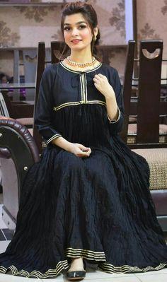 Dress Designs For Girls, Stylish Dresses For Girls, Simple Dresses, Nice Dresses, Girls Dresses, Summer Dresses, Simple Pakistani Dresses, Pakistani Fashion Casual, Pakistani Dress Design