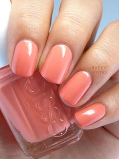 The Happy Sloths: Essie Summer 2015 Collection: Review and Swatches