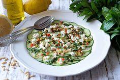Qooking.ch | Carpaccio de courgettes et concombres Carpaccio, Ceviche, Risotto, Potato Salad, Potatoes, Ethnic Recipes, Food, Cucumber, Spice