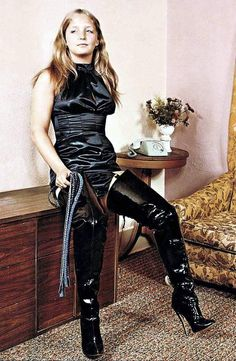 Black High Boots, Thigh High Boots Heels, High Leather Boots, Leather Corset, Crotch Boots, Sexy Boots, Leather Fashion, Sexy Outfits, Marie