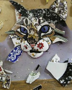 / in progress / cat mosaic /Only halfway done and already a beautiful catmosaic cat by Ivanéri BernardesI love love love this, what an amazing talent.I've always wanted to do mosaic. Mosaic Garden Art, Mosaic Tile Art, Mosaic Artwork, Mosaic Crafts, Mosaic Projects, Mosaic Glass, Glass Art, Mosaics, Stained Glass