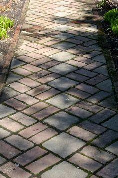 Garden Structures: Paths and Walkways Outdoor Walkway, Brick Walkway, Brick Paving, Brick Path, Brick Masonry, Garden Structures, Garden Paths, Outdoor Landscaping, Outdoor Gardens