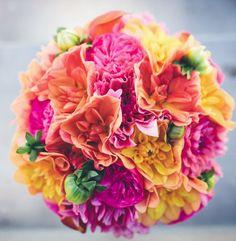 http://www.modwedding.com/2014/10/27/were-smitten-with-these-stunning-wedding-flower-ideas/ #wedding #weddings #bridal_bouquet Via ZEST floral and event design